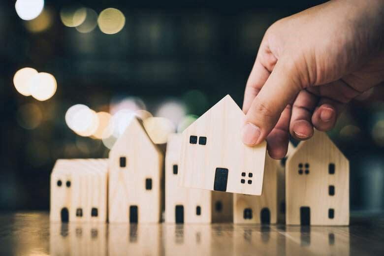 https://www.zedcare.com.au/wp-content/uploads/2021/02/social-housing-transfer.jpg